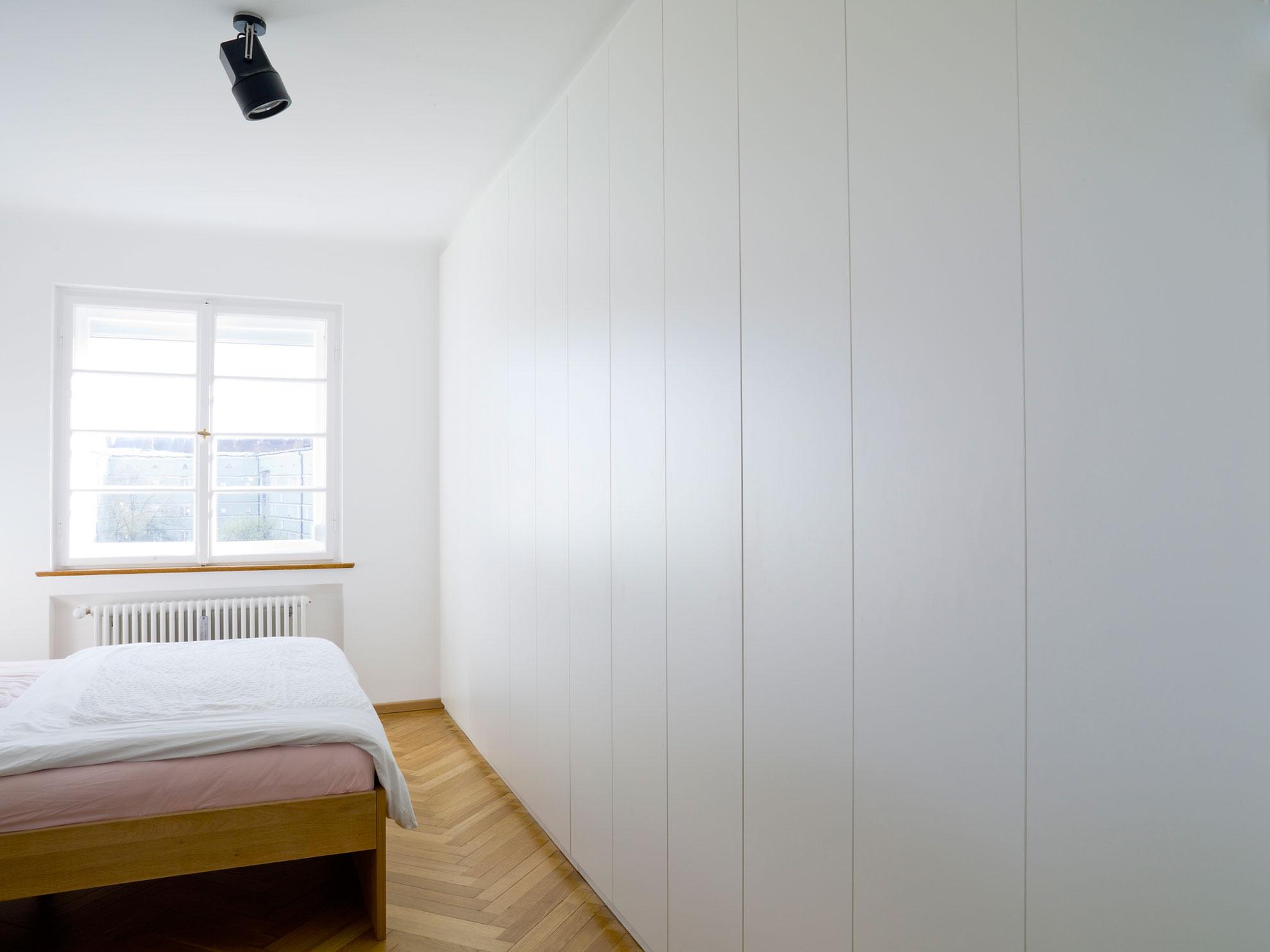 einbauschrank. Black Bedroom Furniture Sets. Home Design Ideas